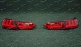 Тюнинг стоп сигналы на Toyota Camry 70 в стиле GS с 2018г. красные