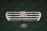 Решетка радиатора на Toyota Land Cruiser 200 до 2015г. серебристая